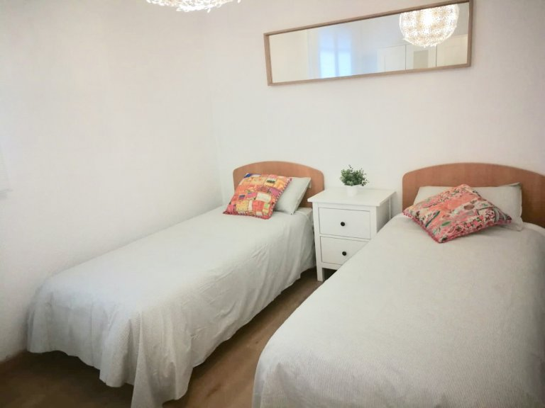 Room in shared apartment in Cordoba