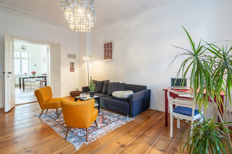 Stylish 2-bedroom apartment with balcony for rent in Prenzlauer Berg, near S-Bahn