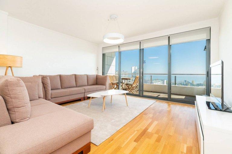 Modern 2-bedroom apartment for rent in Parque das Nações