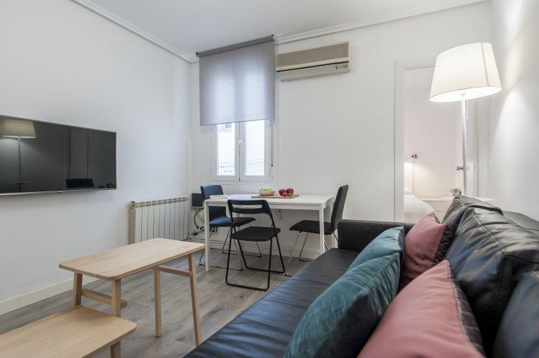 Apartamento de 2 quartos para alugar em Imperial, Madrid