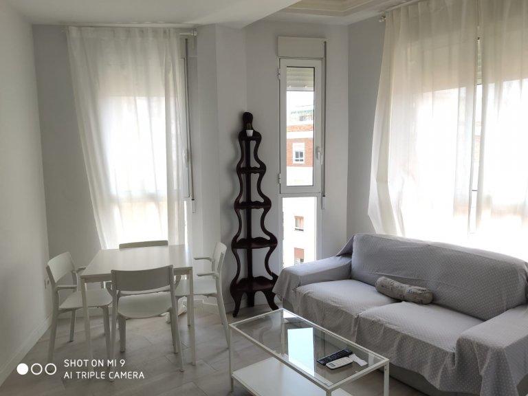 Apartamento de 1 quarto calmo para alugar em l'Eixample, Valência