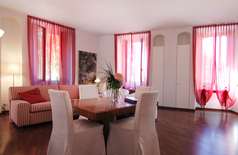 Charming 2-bedroom apartment for rent in Pagano, Milan