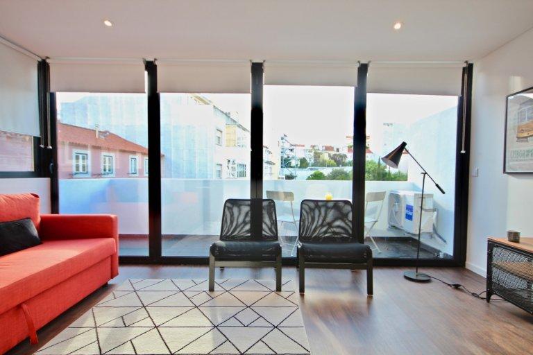 Fantástico apartamento de 2 quartos para alugar em Campo de Ourique