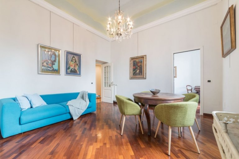 2-bedroom apartment with AC to rent in the centre of Rome