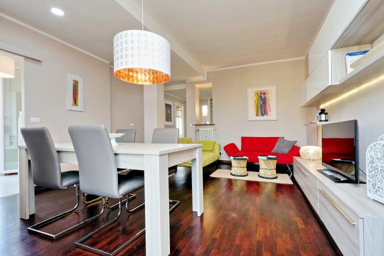 Apartamento equipado de 1 dormitorio en alquiler en Trieste, Roma