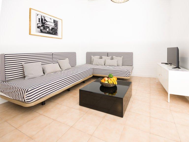 Geräumige 1-Zimmer-Wohnung zur Miete in Centro, Madrid