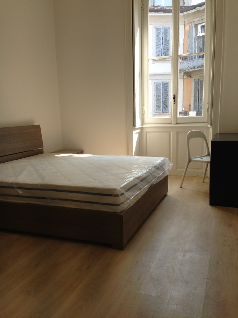 Bedroom 4 - Double bed With Desk and TV