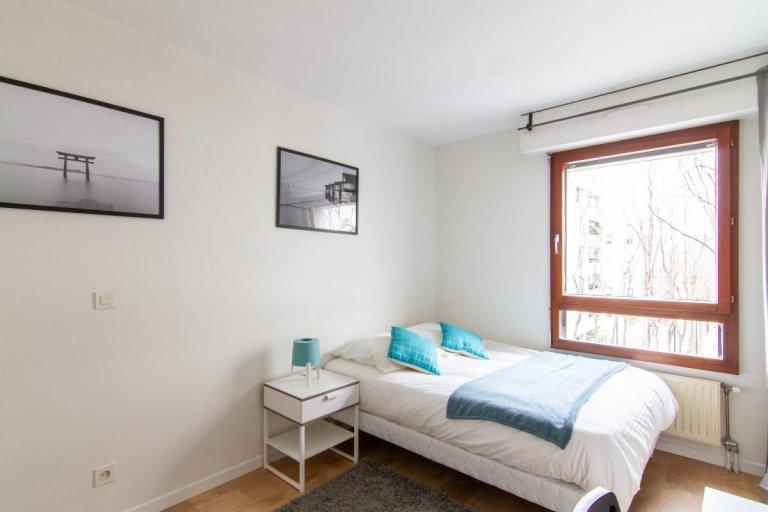 Pokój w apartamencie z 5 sypialniami, Rueil-Malmais, Paryż
