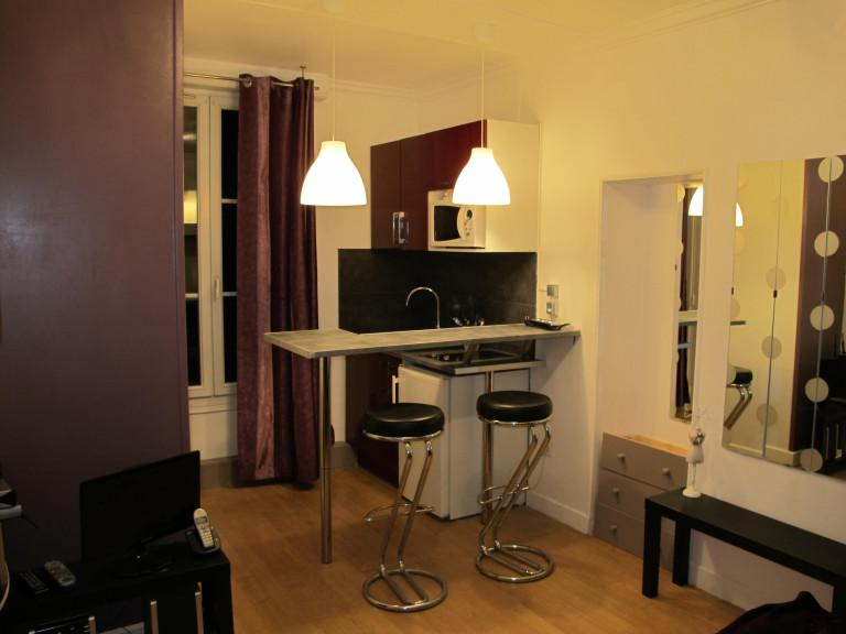 Studio apartment for rent in 18th arrondissement of Paris