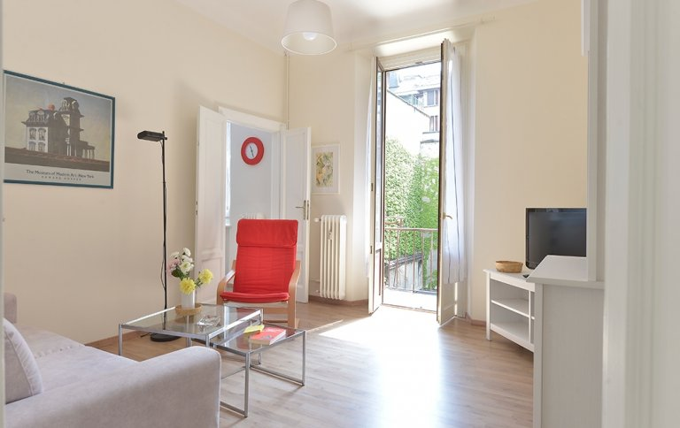 2-bedroom apartment for rent in Corso Magenta, Milan