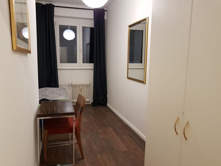 Room in 2-bedroom apartment in Tempelhof-Schöneberg, Berlin