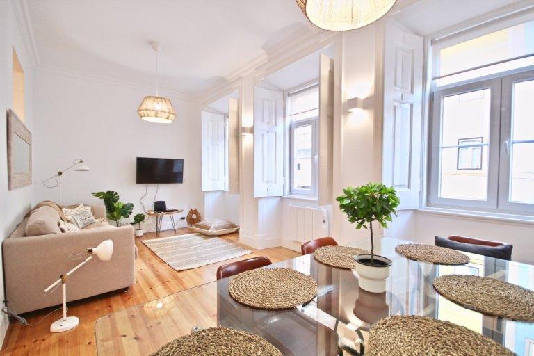 Grande appartamento con 3 camere da letto in affitto a Penha de França