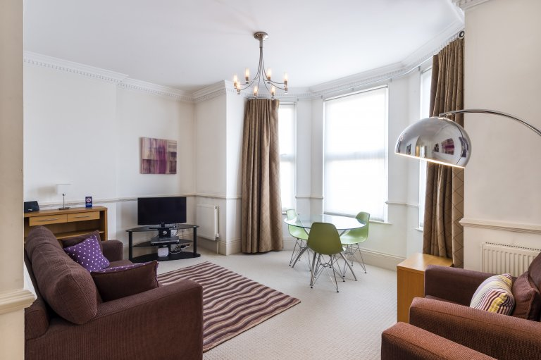1-bedroom flat to rent in Kew, London