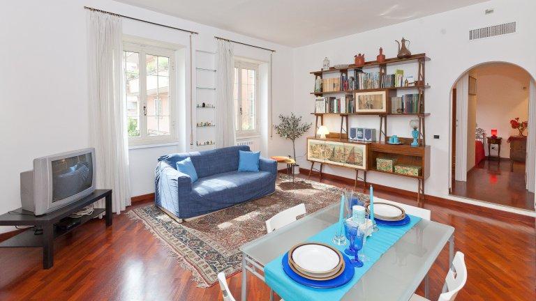 Apartamento de 2 quartos para alugar em Trastevere, Roma