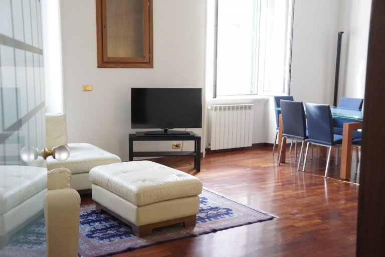 Pleasant 3-bedroom apartment for rent in Trastevere, Rome