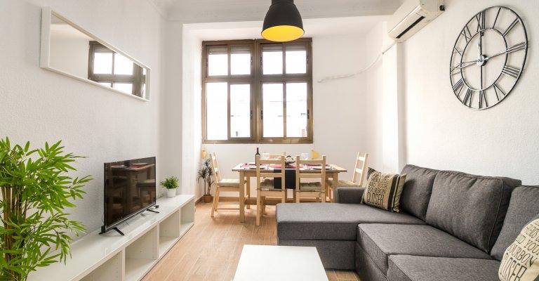 Estupendo apartamento de 3 dormitorios en alquiler en L'Eixample, Valencia