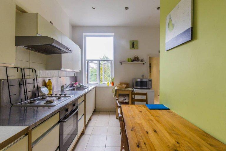 Ładne 3-pokojowe mieszkanie do wynajęcia w West Hampstead w Londynie