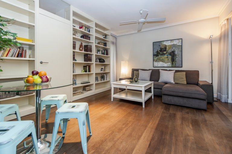 2-pokojowe mieszkanie do wynajęcia w Centro, Madryt