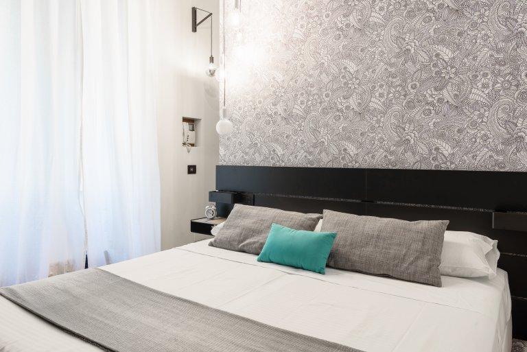 Apartamento pequeno estúdio para alugar em Porta Romana, Milão