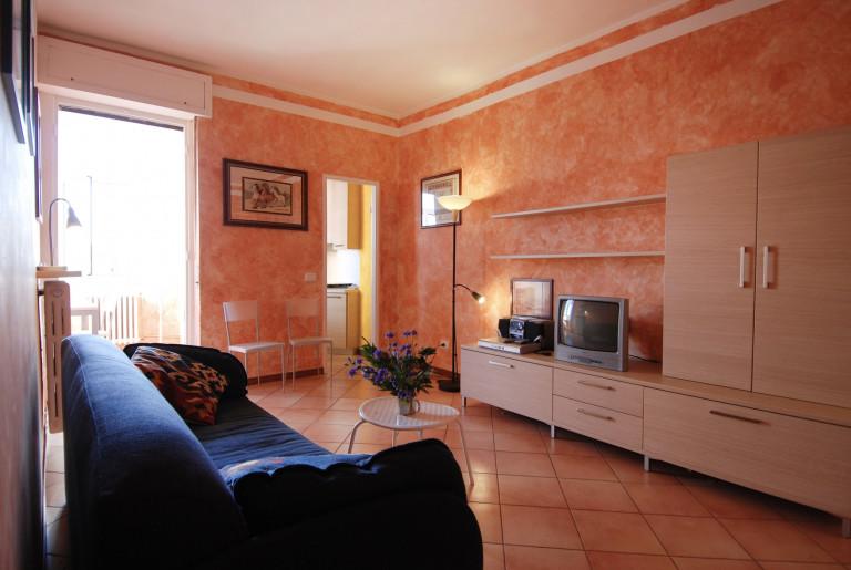Smart 1-bedroom apartment for rent in Milan