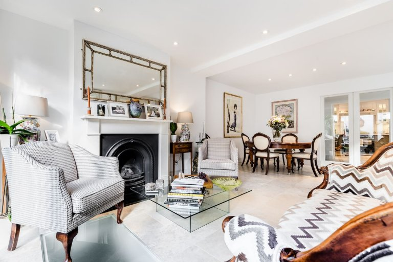 Stunning 4-bedroom house for rent in Camden, London