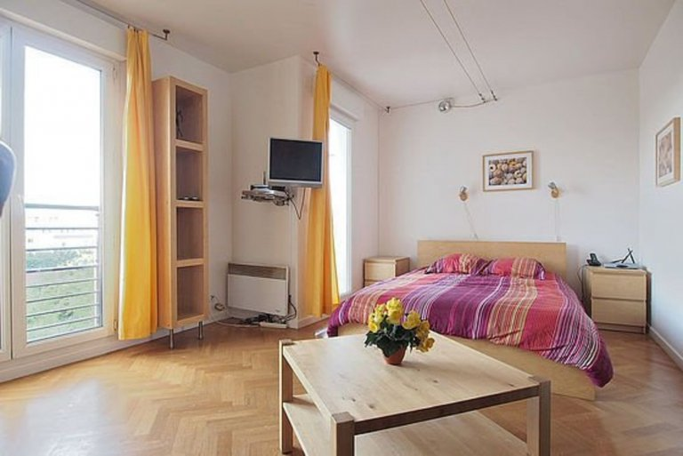Studio apartment for rent in Bois-Colombes, Paris