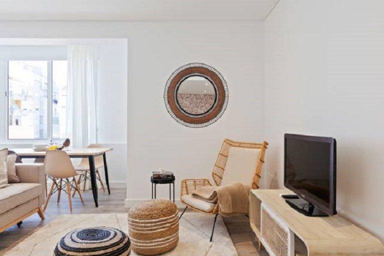 Wspaniały apartament z 1 sypialnią do wynajęcia w Campo de Ourique