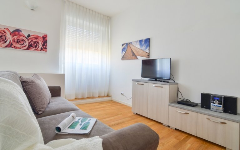 Wonderful 1-bedroom apartment for rent in Isola, Milan
