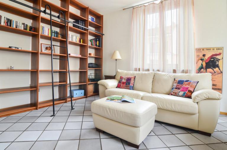Apartamento de 1 quarto para alugar em Navigli, Milão