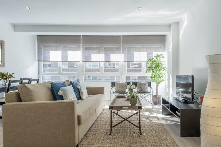 Apartamento de 3 quartos para alugar em Acacias, Madrid