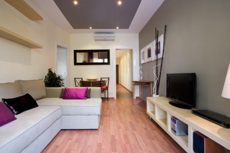 3-bedroom apartment in La Dreta de l'Eixample, Barcelona