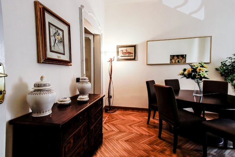 Apartamento de 3 dormitorios en alquiler en Citta Studi, Milán