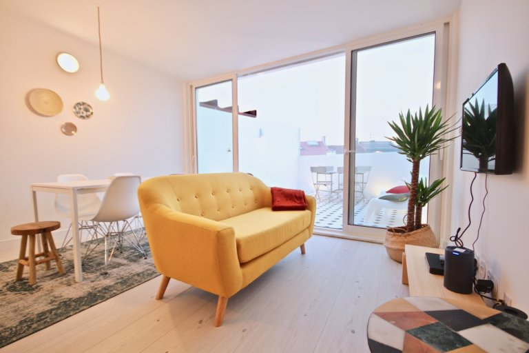 Ótimo apartamento de 2 quartos para alugar em Campo de Ourique