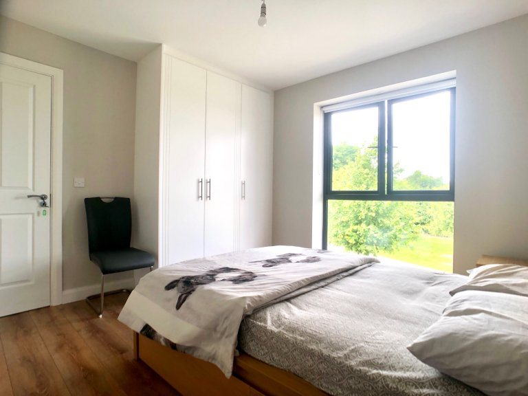 Zimmer zu vermieten in 3-Zimmer-Wohnung in Kiltipper, Dublin