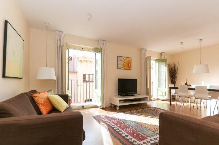 Superb 2-pokojowe mieszkanie do wynajęcia w El Born, Barcelona