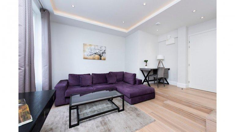 Elegante apartamento de 2 quartos para alugar em Westbourne Green, Londres