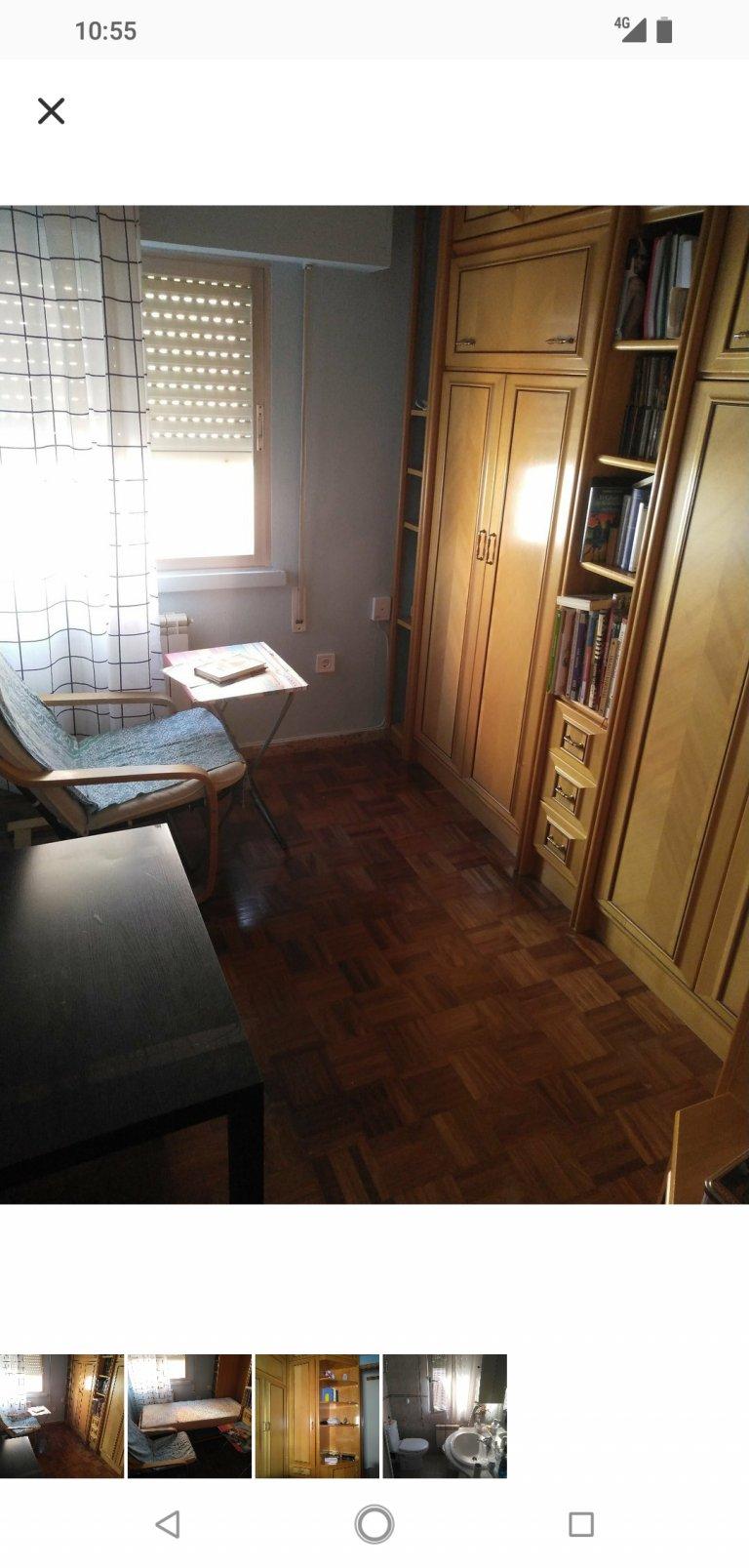 Pokój we wspólnym mieszkaniu w Móstoles