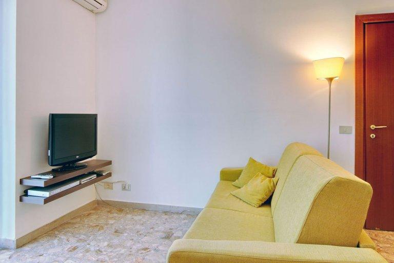 Apartamento de 1 quarto para alugar em Isola, Milão
