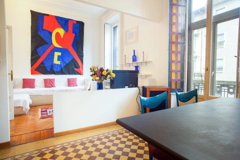Apartamento de 1 quarto ensolarado para alugar em Wagner, Milão