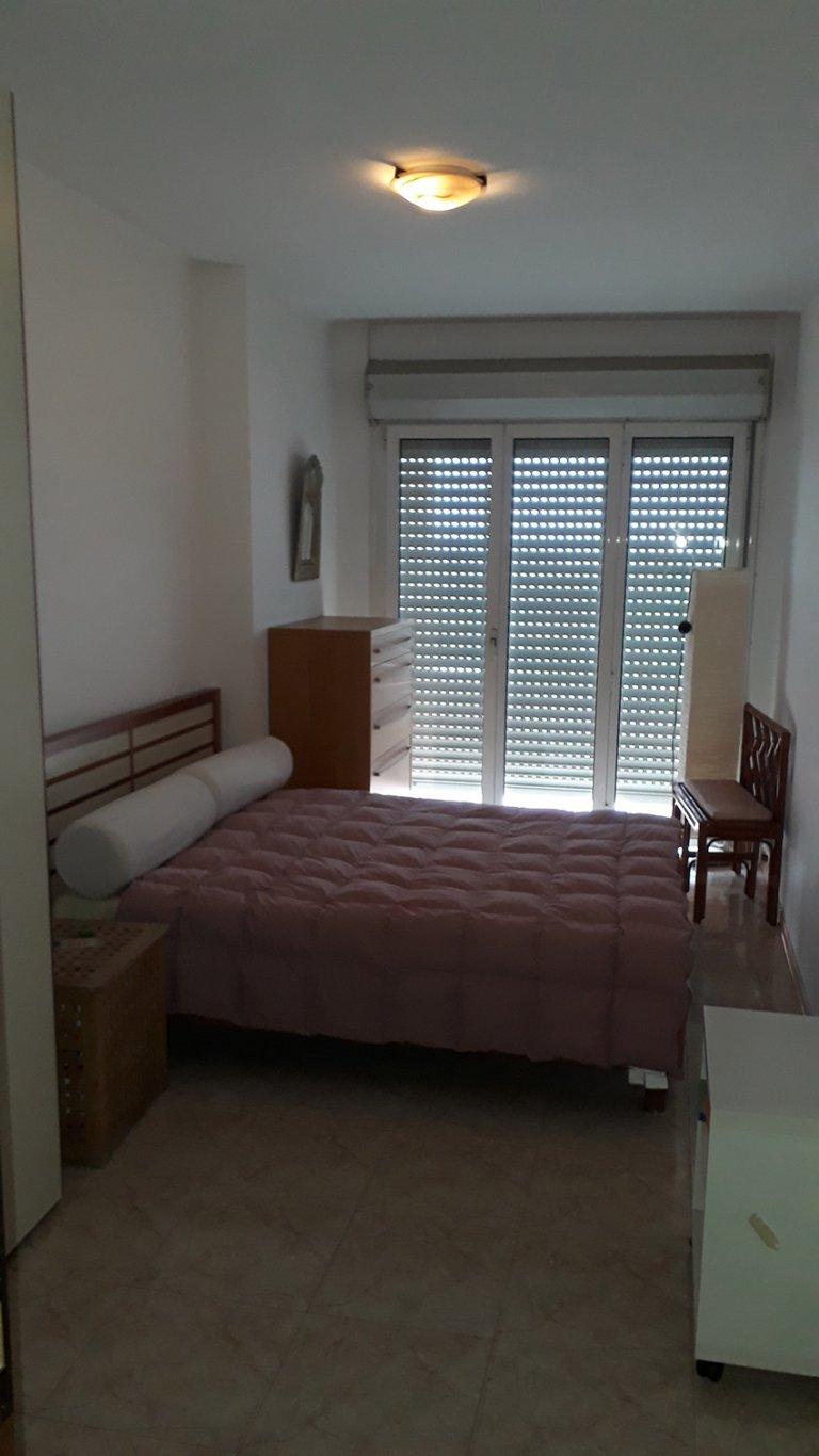 Apartamento inteiro com 2 quartos em Roma