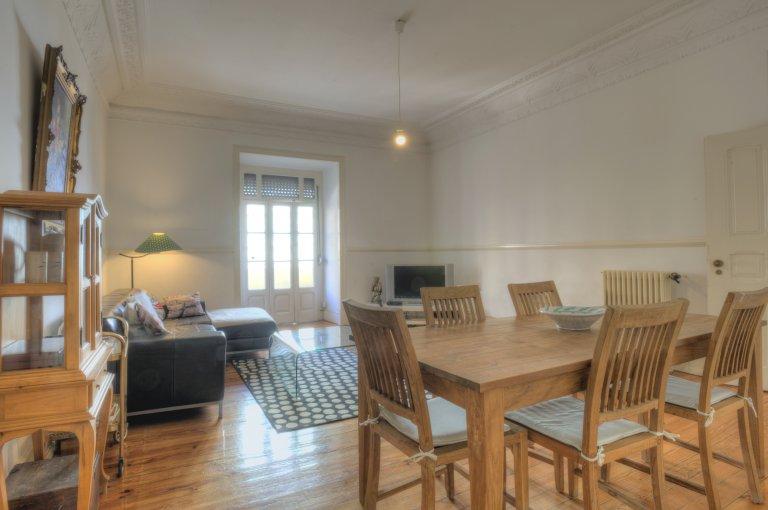 4-Zimmer-Wohnung zur Miete in Arroios, Lissabon