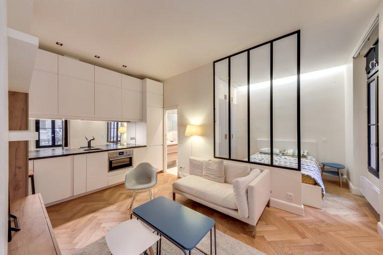 Stunning studio apartment for rent in 7th arrondissement