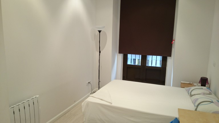 Bedroom 2 with double bed, AC and ensuite