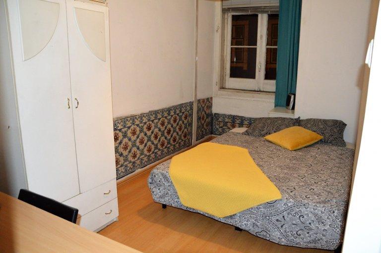Camera in appartamento condiviso a Lisbona