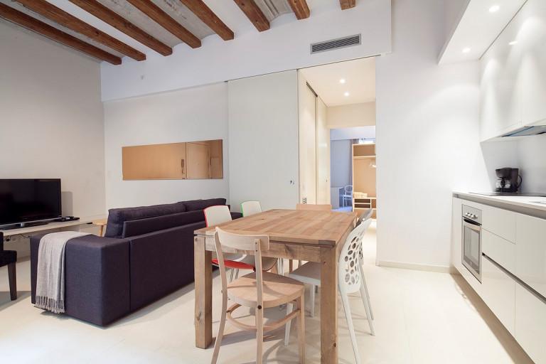 Nowoczesny apartament z 3 sypialniami do wynajęcia - El Born, Barcelona