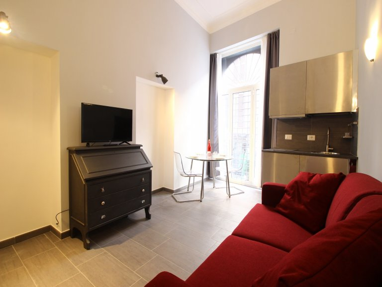 Studio apartment for rent in Centro Storico, Rome