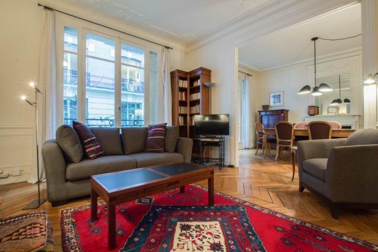 3-bedroom apartment for rent in 16th arrondissement, Paris