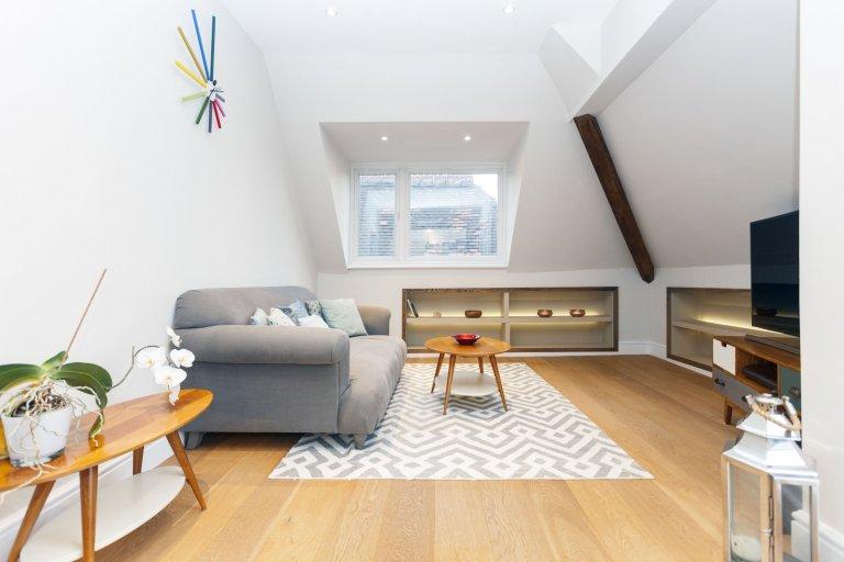 Appartement de 3 chambres à louer à South Hampstead, Londres