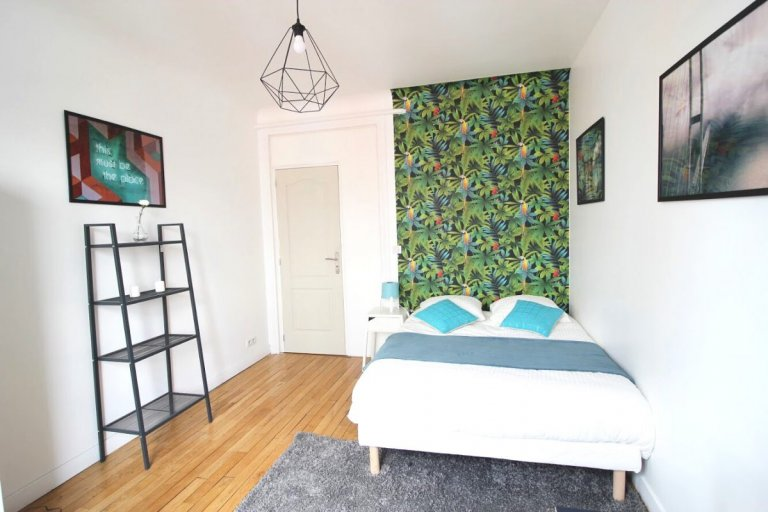 Pretty room for rent in Paris 16