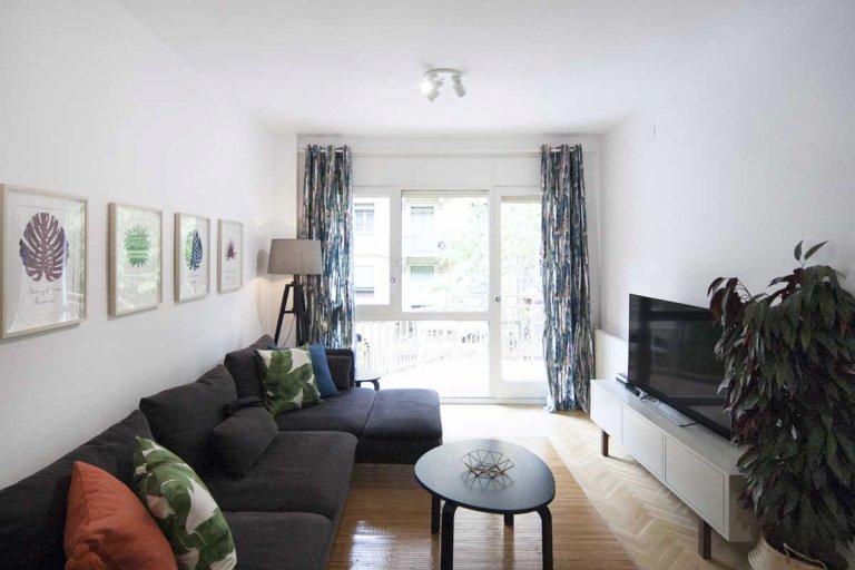 Apartamento de 4 quartos para alugar em Eixample, Barcelona